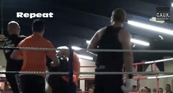 White Collar Fight Club Mike Hocking vs Danny Pashley_580