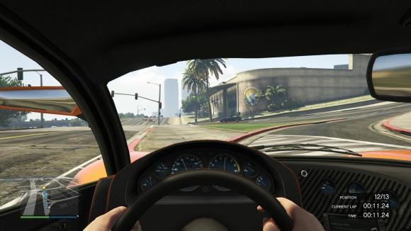 Grand Theft Auto V_20141206123542