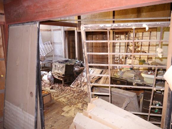 残された家財道具は当時のまま