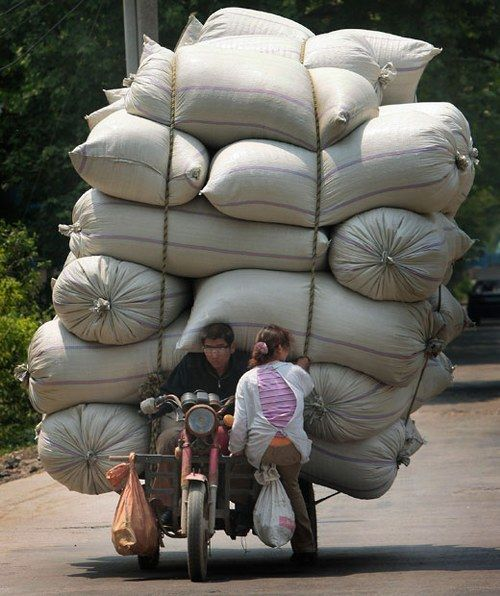 Overloaded Vehicles in China12