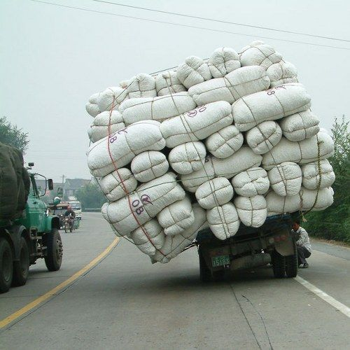 Overloaded Vehicles in China14