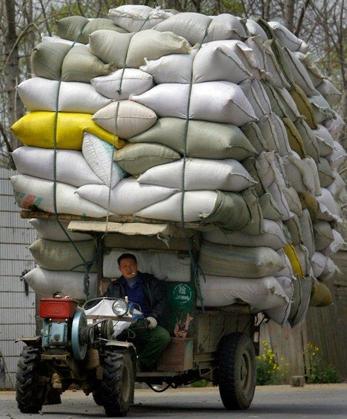 Overloaded Vehicles in China6