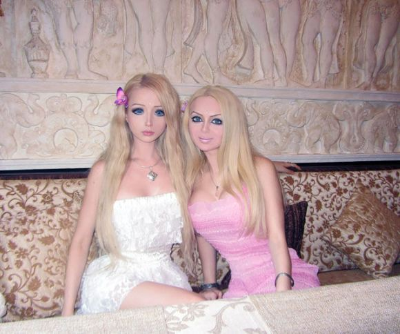 Real Life Barbie Family and Friends17