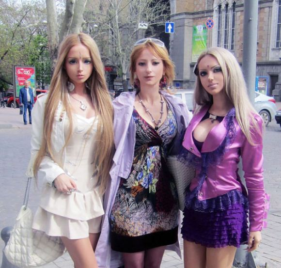 Real Life Barbie Family and Friends3