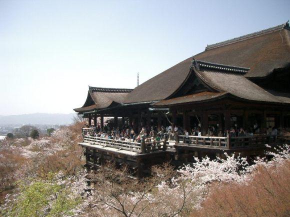 6. Kiyomizu-dera