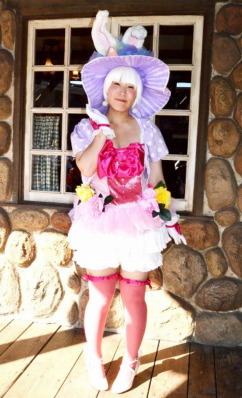 The awesome outfits of cosplayers at Tokyo Disneyland13