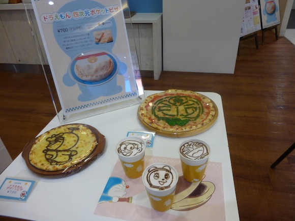 Chitose Doraemon cafe display 1