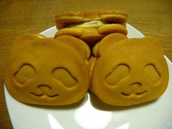 Panda Cream Cakes