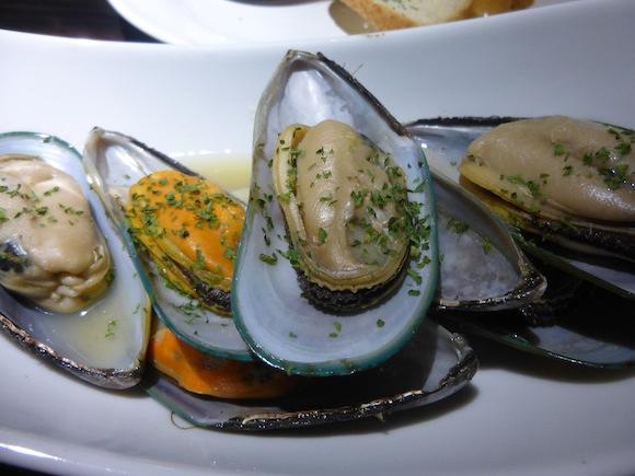Penguin Bar mussels 2