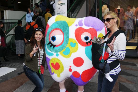 Weird mascot is a hit with Japanese women5
