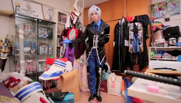 IKEA Bedroom Stories (Singapore) - Frank the Cosplayer - YouTube.clipular (7)