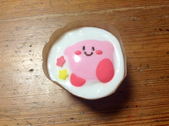 Kirby cupcake