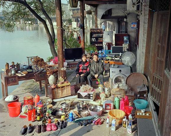 xHuang-Qingjun-Poor-Families-11.jpg.pagespeed.ic.pY3qelvuRr