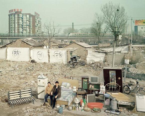 xHuang-Qingjun-Poor-Families-9.jpg.pagespeed.ic.nnmGsEerp9