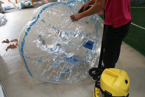 We try %22Bubble Soccer%223