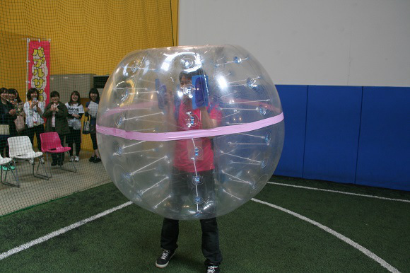 We try %22Bubble Soccer%224