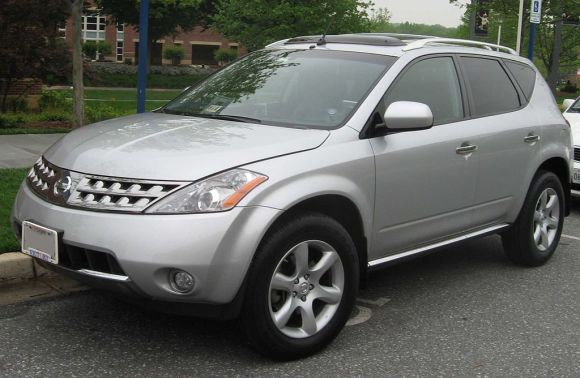 1024px-1st_Nissan_Murano_SE