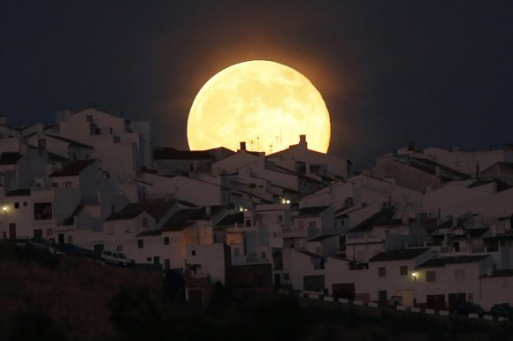 Stunning Photos Of The Supermoon
