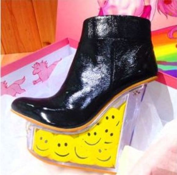 Barbie head shoes19