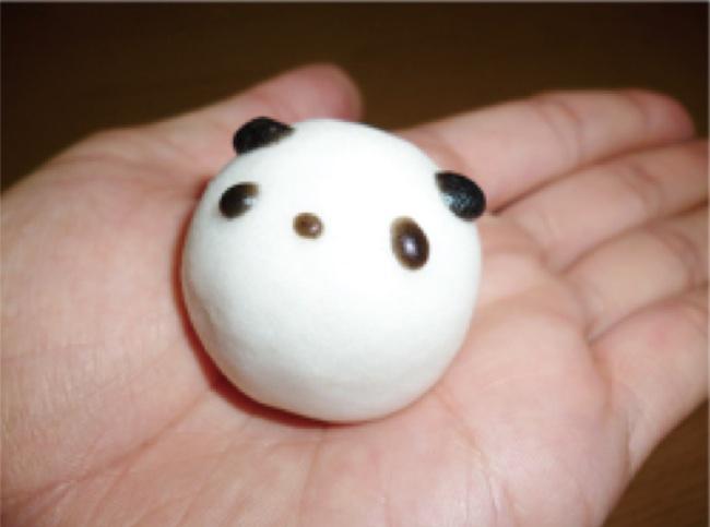 wagashi 6 panda on hand