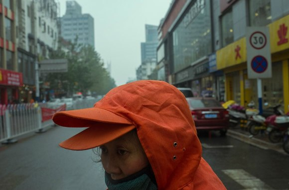 self-taught-perfectly-timed-street-photography-china-tao-liu-6