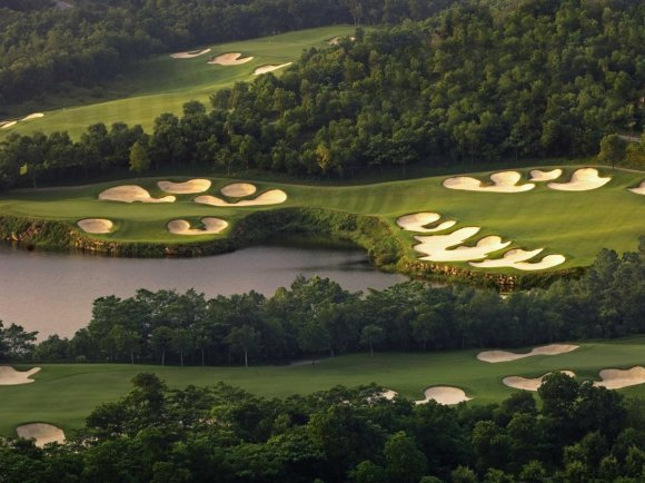 this-signature-course-has-over-151-bunkers-and-was-designed-by-jose-maria-olzabal-who-has-two-masters-titles-the-undulating-fairways-also-makes-this-course-particularly-difficult