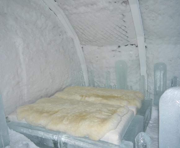 2015.02.22 ice hotel 27