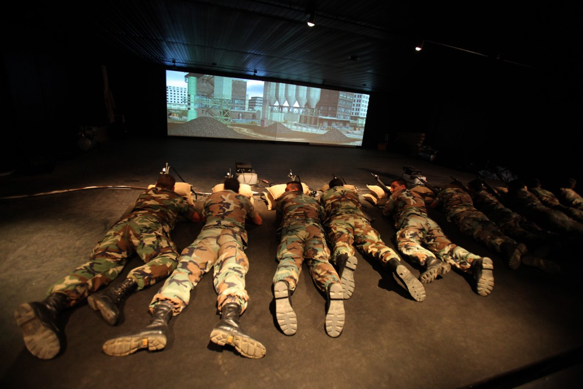 bonus-military-training-is-not-always-so-daring-these-lebanese-soldiers-use-a-virtual-reality-game-to-practice-their-shooting-skills-without-the-risk-of-getting-injured