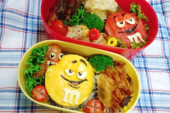 character bento, charaben, kyaraben, mom, M&Ms, getting eaten, candy, chocolate