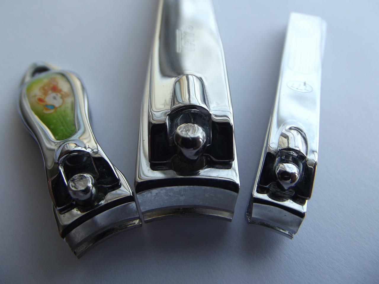 nail-clippers-106382_1280