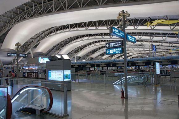800px-Kansai_International_Airport01n4272