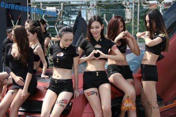 china-car-girl-shanghai-cas-0-660x440