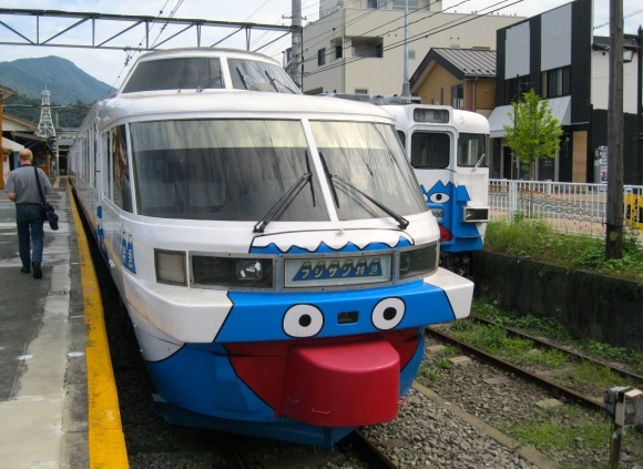 431 Fujikyu train at Otsuki 27.9.11