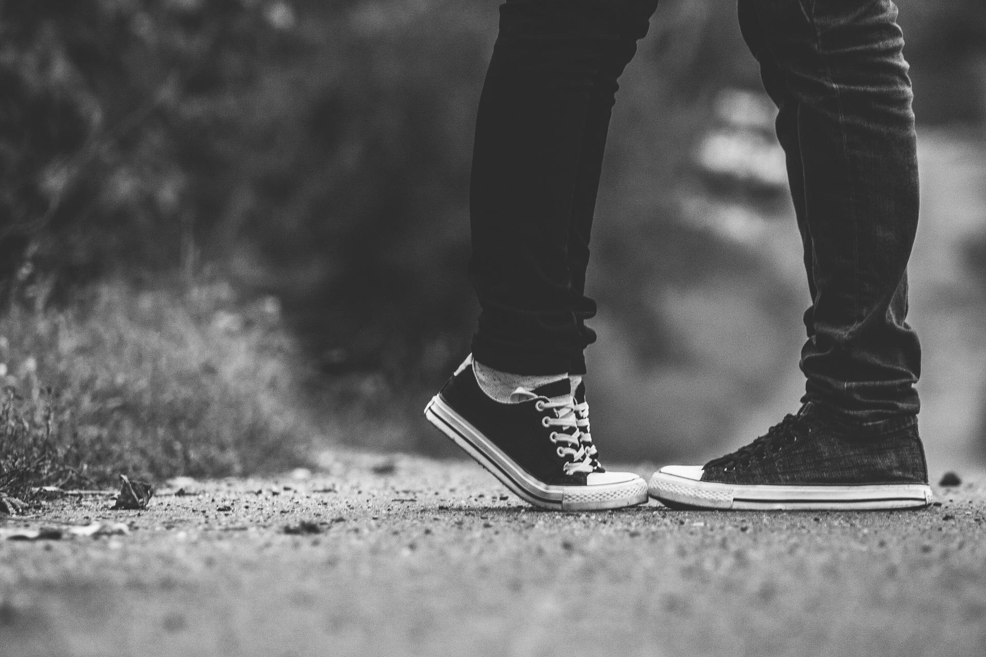 feet-1007711_1920