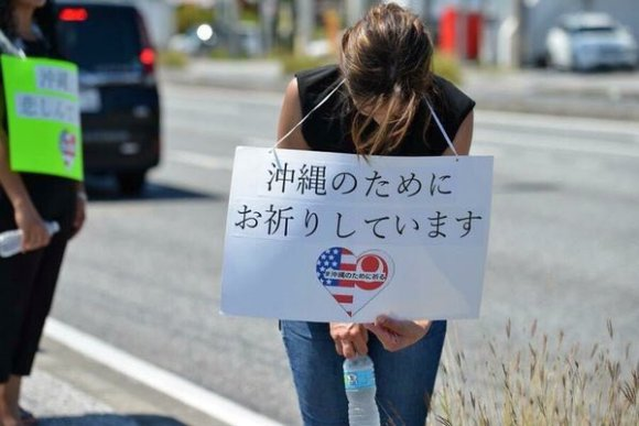americans apologize 04