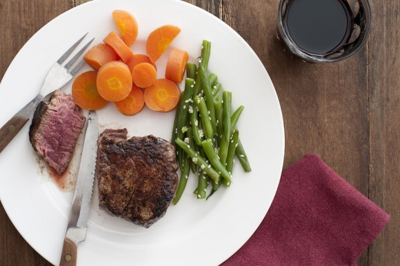 Steak meal with vegetables