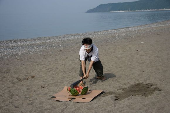 1280px-Summer_Event_of_Japan_Suikawari