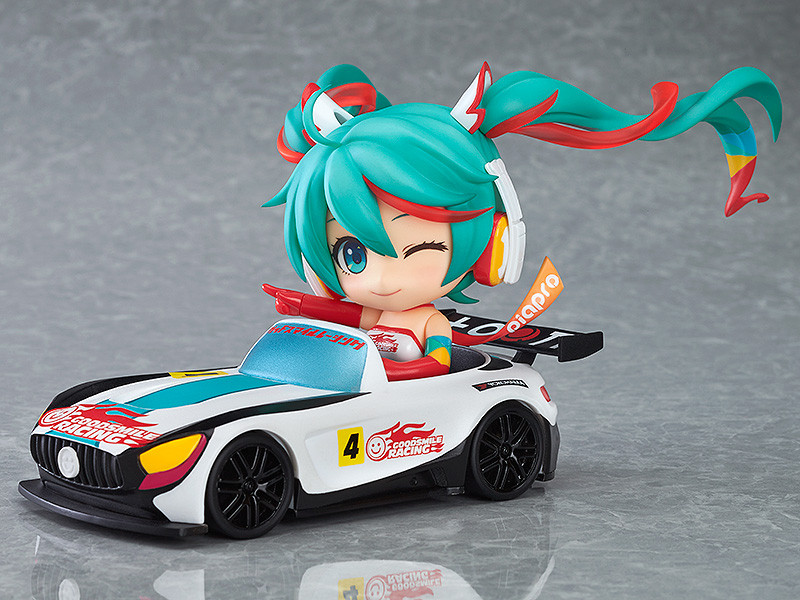 racing miku car