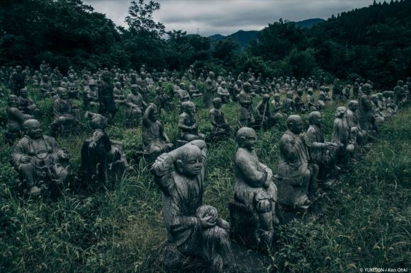 spooky-statues-14