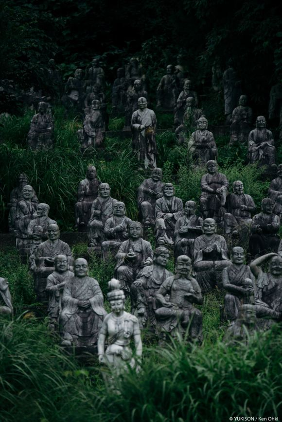 spooky-statues-21