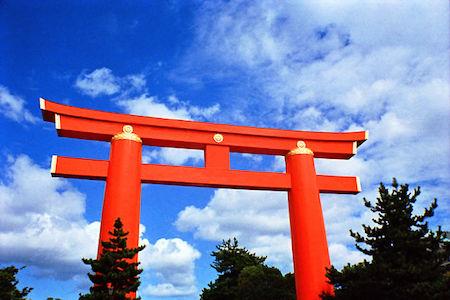 640px-torii_gate