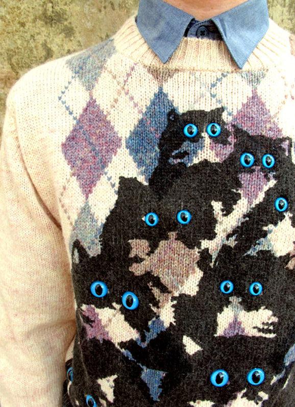 pullover_eyes