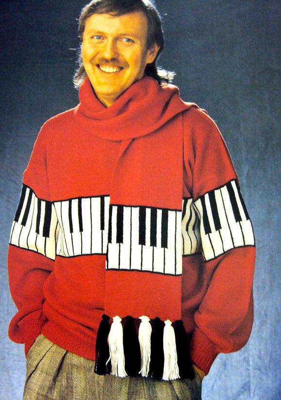 pullover_piano
