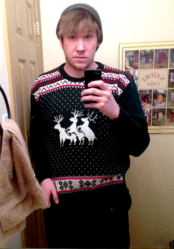 pullover_reindeer